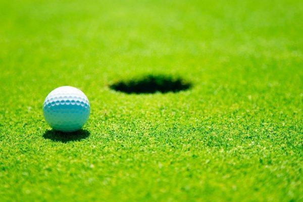 backgrounds-balls-golf-course-grass-1280x720-wallpaper
