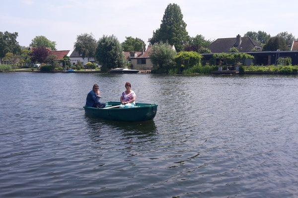 twee dames varen
